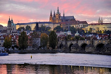 Vltava river, Charles Bridge, St. Nicholas, St. Vitus Cathedral, Prague Castle, Hradcany, Prague, Bohemia, Czech Republic, Europe