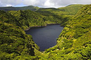 Caldeira Comprida crater lake, Lagoa Comprida on the island of Flores, Azores, Portugal