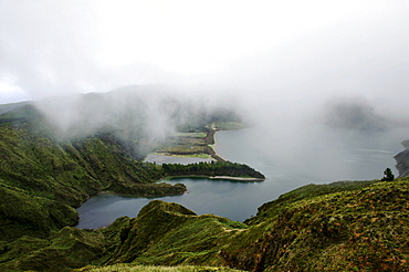 Crater lake Lagoa do Fogo, view from the Miradouro da Barrosa on the island of Sao Miguel, Azores, Portugal