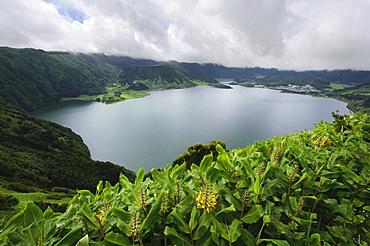 Crater lake Lagoa Azul and Lagoa Verde, view from the Miradouro da Cumeeira on the island of Sao Miguel, Azores, Portugal