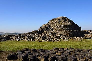 Nuraghe Su Nuraxi, Nuraghic civilisation, 2000 BC, near Barumini, Province of Medio Campidano, Inner Sardinia, Italy, Europe