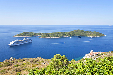 Cruise liner anchoring off Lokrum Island near Dubrovnik, Southern Dalmatia, Adriatic Coast, Croatia, Europe