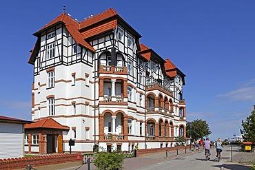 Hotel, Kuehlungsborn-West, Baltic coast, Mecklenburg-Western Pomerania, Germany, Europe