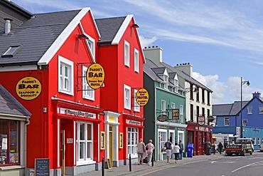 Town of Dingle, Dingle Peninsula, County Kerry, Ireland, Europe