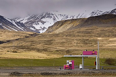 Gas station, Grundarfjordur, Snaefellsnes Peninsula, Iceland, Europe