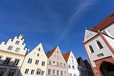 Houses in the Ludwigstrasse street and parish church, Landsberg am Lech, Bavaria, Germany, Europe