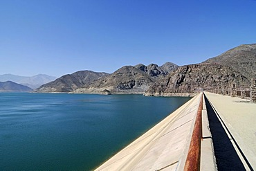 Dam, Puclaro reservoir, storage lake, lake, water, mountains, Vicuna, Valle d'Elqui, Elqui valley, La Serena, Norte Chico, northern Chile, Chile, South America