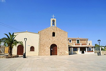 Church and square, San Fernando, Sant Ferran de ses Roques, Formentera, Pityuses, Balearic Islands, Spain, Europe
