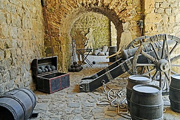 Cannons, historical war items, weapons, city walls, Muralla, Dalt Vila, historic old town, Unesco World Heritage Site, Ibiza, Pityuses, Balearic Island, Spain, Europe