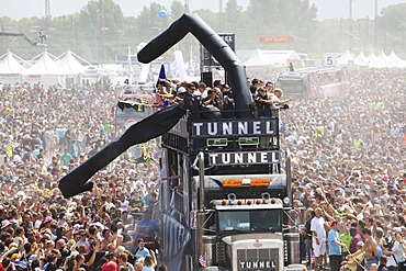 "Loveparade 2010, a float called ""Tunnel"", huge crowds celebrate before many revellers are crushed to death in tragic tunnel accident, Duisburg, Ruhr Area, North Rhine-Westfalia, Germany, Europe"