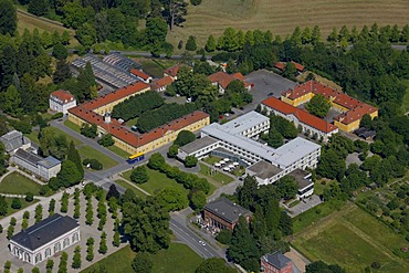 Aerial view, Schlosshotel Wilhelmshoehe, Bergpark Wilhelmshoehe mountain park, Kassel, Hesse, Germany, Europe