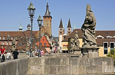 Old Bridge over the Main in Wuerzburg, Lower Franconia, Bavaria, Germany, Europe