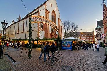 Christmas market, Freiburg im Breisgau, Baden-Wuerttemberg, Germany, Europe