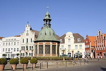 Wasserkunst fountain in Wismar, Mecklenburg-Western Pomerania, Germany, Europe