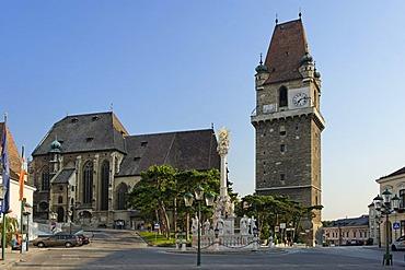 Parish church Saint Augustinus and defense tower, Perchtoldsdorf, Industrieviertel quarter, Lower Austria, Europe