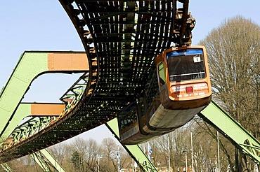 Schwebebahn, suspended monorail, Wuppertal, Bergisches Land, North Rhine-Westphalia, Germany, Europe