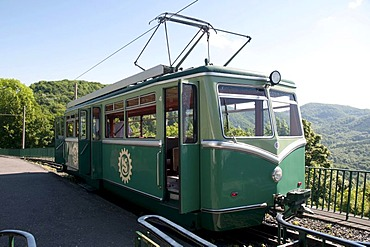 Mountain railway, Mt. Drachenfels, Koenigswinter, Rhineland, North Rhine-Westphalia, Germany, Europe