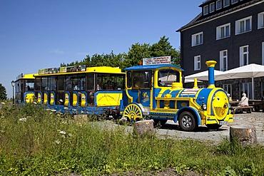 Jakobusbahn tourist train, Kahler Asten Mountain, Winterberg, Sauerland, North Rhine-Westphalia, Germany, Europe