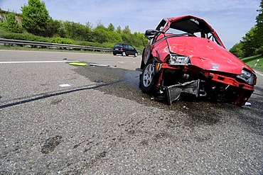 Serious traffic accident that caused life-threatening injuries, B14 highway to Waiblingen, Baden-Wuerttemberg, Germany, Europe