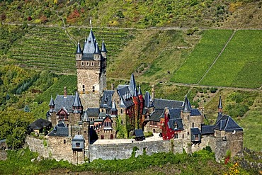 Reichsburg Castle, Cochem on the Moselle River, Rhineland-Palatinate, Germany, Europe
