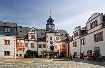 Inner courtyard of Schloss Weilburg Castle, Weilburg an der Lahn, Hesse, Germany, Europe