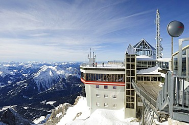 Meteorological station on Mt. Zugspitze, 2962m, Wettersteingebirge mountains, Werdenfels, Upper Bavaria, Bavaria, Germany,