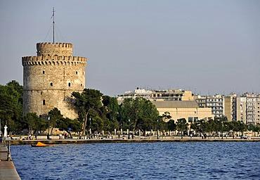 White Tower, promenade, Thermaic Gulf, Thessaloniki, Chalkidiki, Macedonia, Greece, Europe