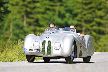 BMW 328 Roadster, built in 1939, Mille Miglia original from the BMW Museum, being driven by Mario Theissen, Head of BMW Motorsport and Christian Klien, a former Formula 1 driver, Ennstal Classic 2010 Vintage Car Rally, Groebming, Styria, Austria, Europe