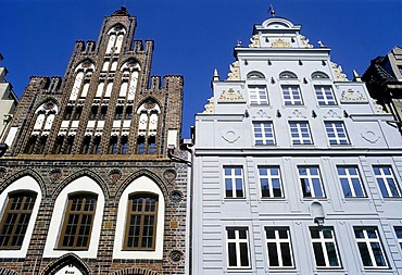 Historic houses at the market square, stepped gable, Wismar, Mecklenburg-Western Pomerania Germany, Europe