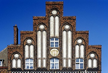 Historic house at the market square, stepped gable of brick, Wismar, Mecklenburg-Western Pomerania, Germany, Europe