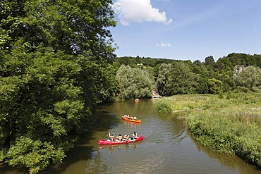 Canoes on the Altmuehl river, Altendorf, Altmuehltal region, Upper Bavaria, Bavaria, Germany, Europe