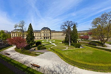 Court Gardens and Wuerzburg Residenz, a Baroque palace, UNESCO World Heritage Site, Wuerzburg, Bavaria, Germany, Europe