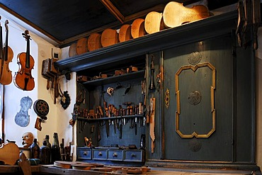 Workshop of a violin maker, Geigenbaumuseum violin museum, Ballenhausgasse 3, Mittenwald, Upper Bavaria, Bavaria, Germany, Europe
