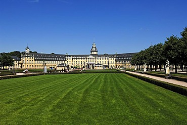 Front view of Schloss Karlsruhe castle with Schlossplatz castle square, Schlossbezirk 10, Karlsruhe, Baden-Wuerttemberg, Germany, Europe