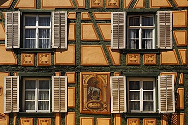 Half-timbered facade, Hotel Zum Elephant, Place de la 1ere Armee, Ribeauville, Alsace, France, Europe