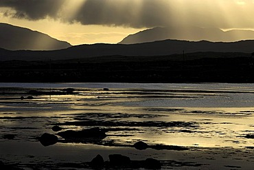 Connemara landscape at sunrise, Roundstone, County Galway, Republic of Ireland, Europe