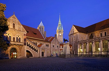 Dankwarderode castle and Brunswick Cathedral, St. Blasii, Braunschweig, Brunswick, Lower Saxony, Germany Europe