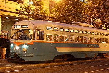 Evening with a historic tram on Market Street in San Francisco, California, USA, North America