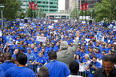 Members of the American Postal Workers Union rally to save six-day mail delivery, Michigan AFL-CIO President Mark Gaffney speaking to the crowd, Detroit, Michigan, USA, America