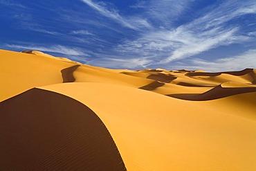 Sand dunes in the Libyan desert, Sahara, Libya, North Africa, Africa