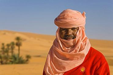 Tuareg in the desert, Libya, North Africa, Africa