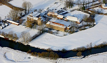 Aerial, Oberwerries Castle, moated castle, guest house of the town of Hamm, Lippemaeander, Hamm, Ruhr Area, North Rhine-Westphalia, Germany, Europe