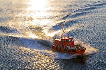 Pilot vessel, North Sea