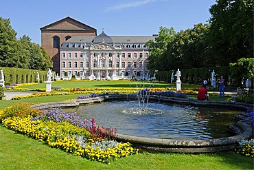 Electoral Palace and Basilica of Constantine, Trier, Rhineland-Palatinate, Germany, Europe