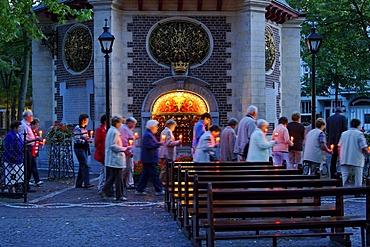Pilgrims, Chapel of Grace, Kevelaer, North Rhine-Westfalia, Germany, Europe