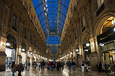 Galleria Vittorio Emanuele II shopping mall, arcade, Milan, Lombardy, Italy, Europe