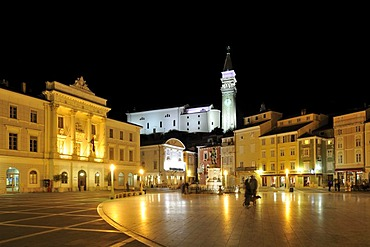 Tartini Square with St. George's Cathedral, Sv Jurij, Piran, Slovenia, Europe