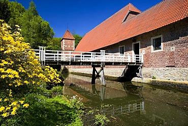 Adjoining building of Huelshoff Castle, Havixbeck, Muensterland, North Rhine-Westphalia, Germany, Europe