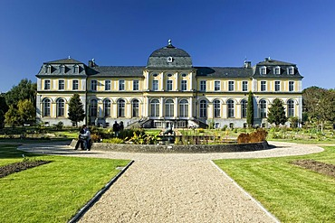 Poppelsdorfer Schloss palace, Botanical Garden, Bonn, North Rhine-Westphalia, Germany, Europe