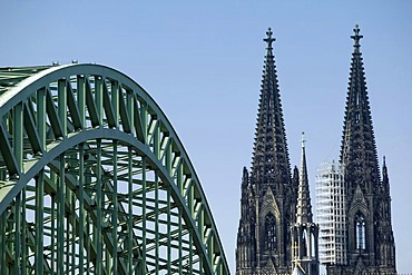 Cologne Cathedral and Hohenzollern Bridge, Cologne, North Rhine-Westphalia, Germany, Europe